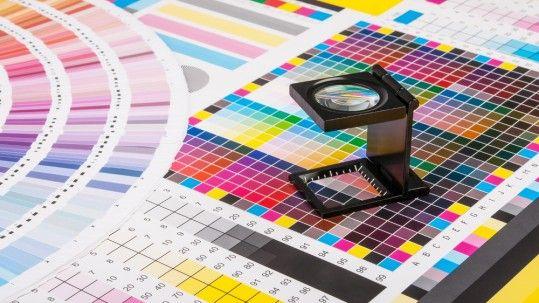 produccion grafica tipos de impresion colores en carteles publicitarios